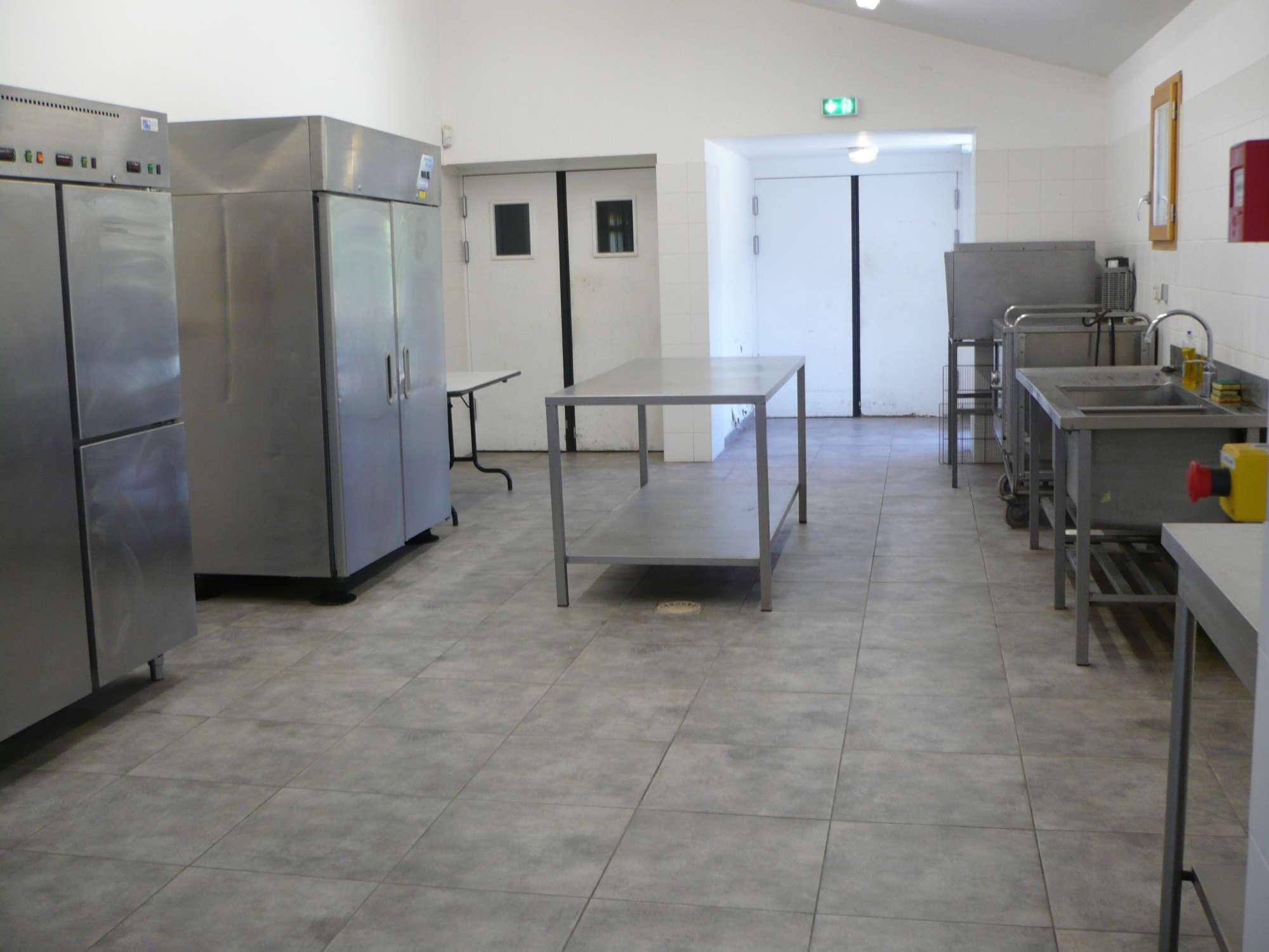 Trouver une salle louer vers arles pour un mariage for Trouver une cuisine
